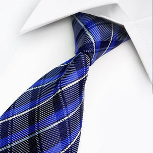 BLUE WHITE STRIPED TIE | GENTS CLOBBER