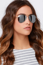 Load image into Gallery viewer, WOMENS AVIATORS