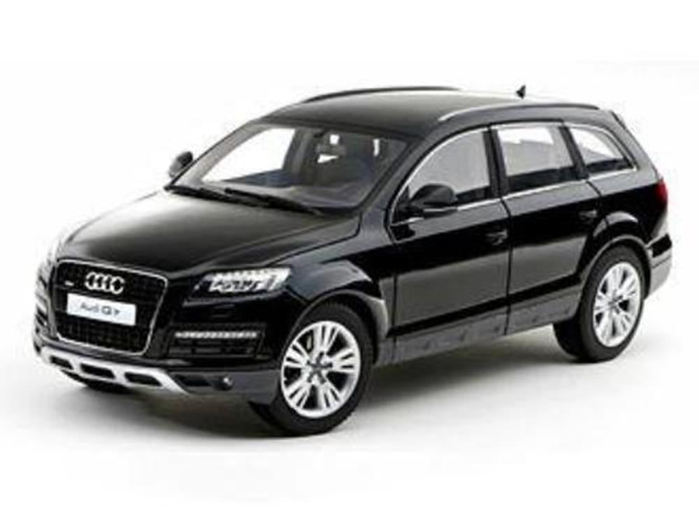 xKyosho 09222TBK 1/18 Audi Q7 Facelift Brown Metallic