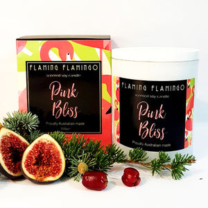 PINK BLISS SOY CANDLE - Fresh pine and pink fig