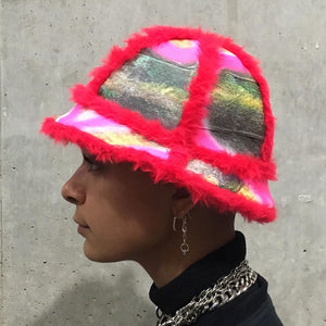 Bell Bucket Hat With Red Fluffy Trim - 50m