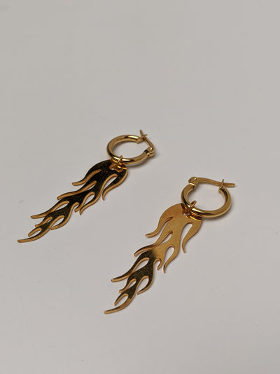 Large Flame Earrings Gold-50m London