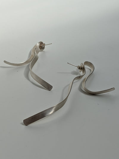 Ribbon Earrings-50m London