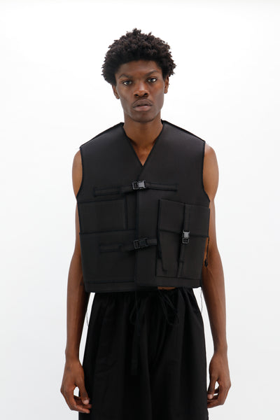 Three Buckle Vest 03