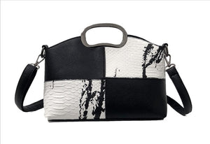 Snake Skin Pattern Shoulder Bag