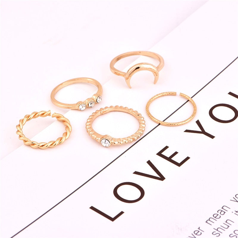 A set of 5 pc Rings