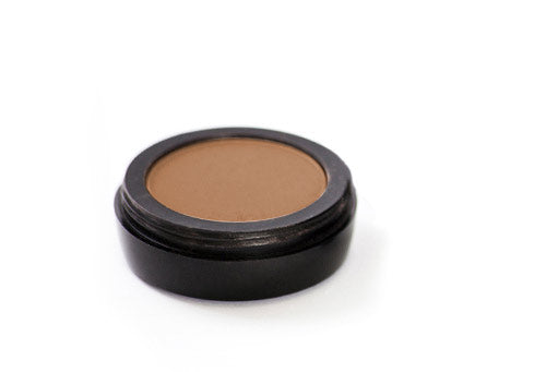 Eyeshadow base light or tinted