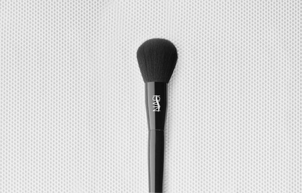 Norah Powder Brush