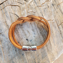 Load image into Gallery viewer, Braided Leather Knot Bracelet