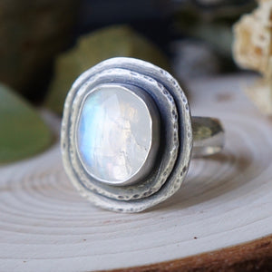 Flash of the Moon Ring - Size 8.5