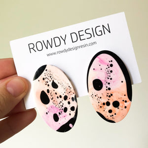Speckle Oval Disc Resin Stud Earrings - Magenta + Orange with Black Speckle