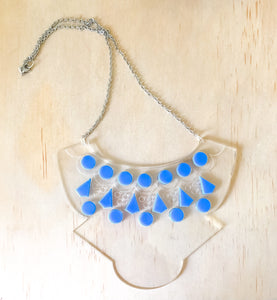 COLOURED COLLAR BONE NECKLACE