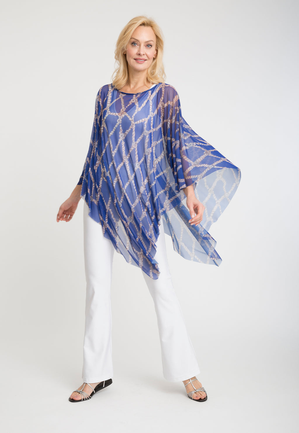 Artemisia Poncho in Sea Rope front view