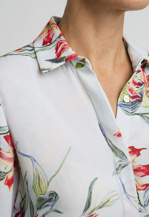 Ala Blouse in Water Mill front view