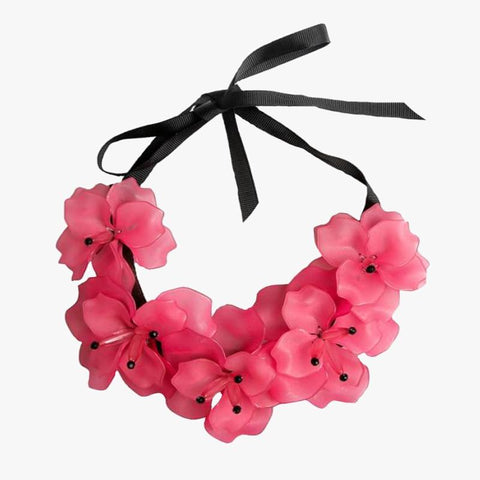 Flower Necklace Light Pink - Villa Yasmine