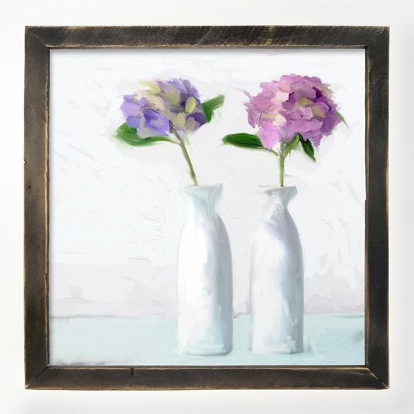 Hydrangeas in white vase XL / Black