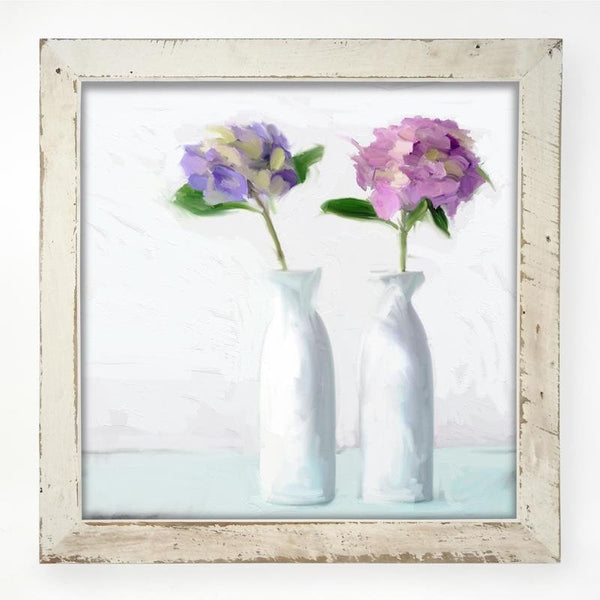 Hydrangeas in white vase XL / White