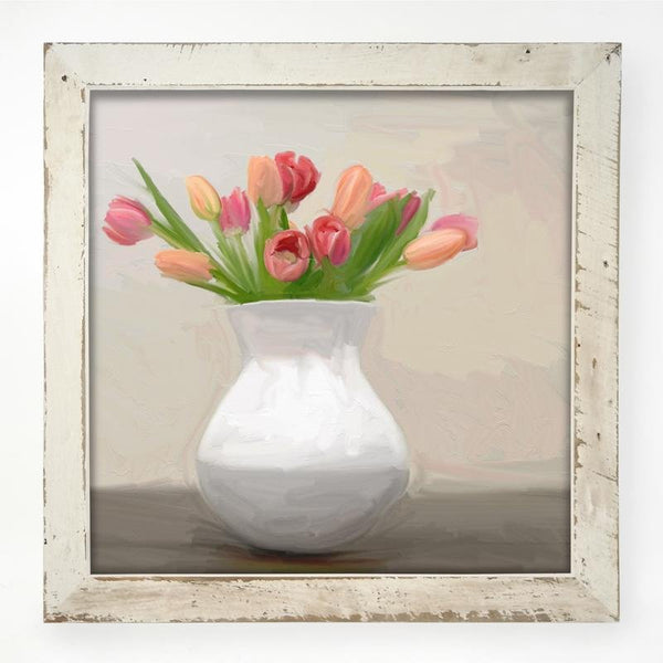 Tulips in white vase XL / White