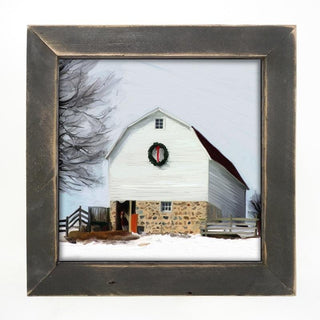 Barn with wreath Large / Black