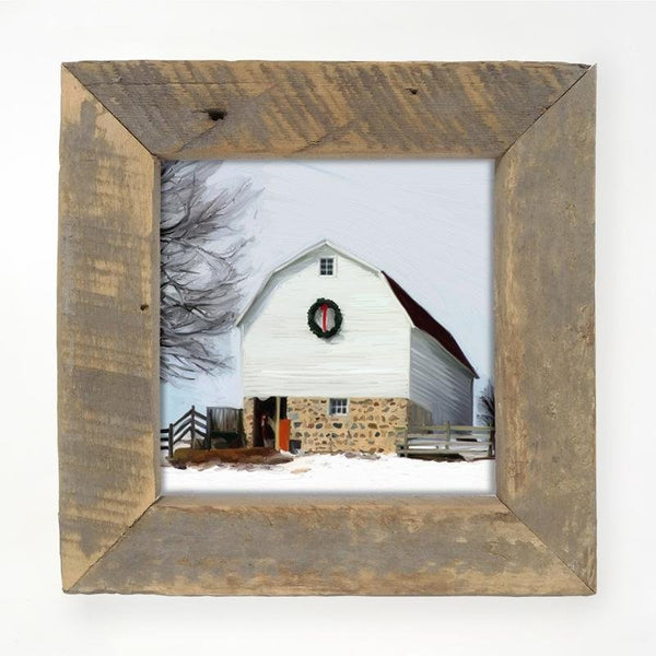 Barn with wreath Small / Natural
