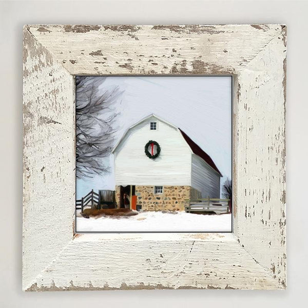 Barn with wreath Small / White