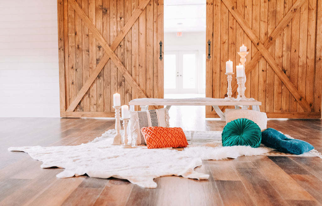 Boho Rustic display for styled shoot at Old Homestead Farm in Rocky Point, NC. Photo by Chelsea Allegra Photography.