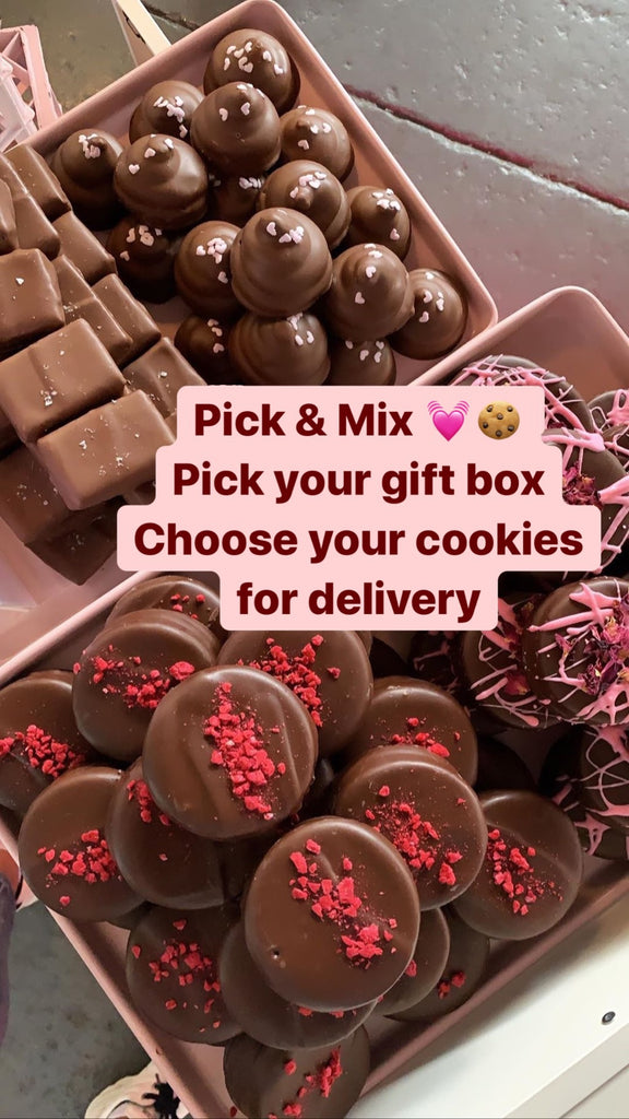 OMG! Pick & Mix Biccie Box