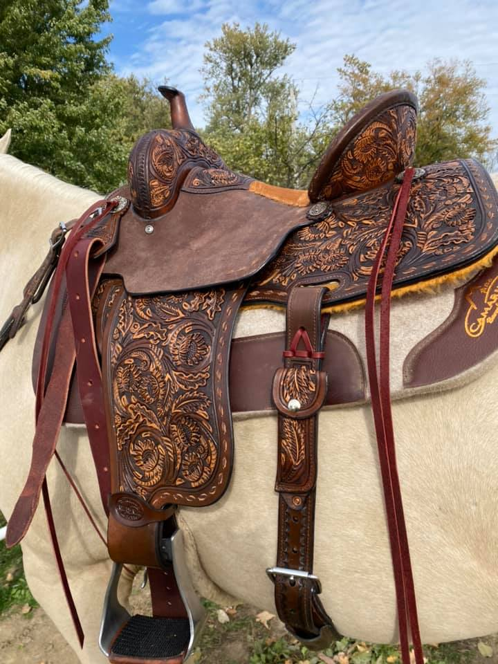 """La Donna"" Team Camarillo Saddle"