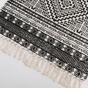 Geometric Boho Rug with Tassels - Square 2'x 4.3'