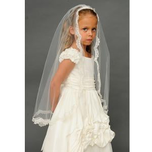 Anja's Dream 1472 Chantilly Lace Mantilla Veil