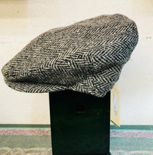 Load image into Gallery viewer, Harris Tweed Vintage Cap Black Herringbone by Hanna Hats