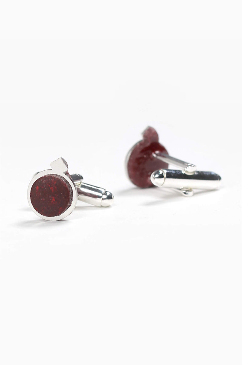Echo, handmade cufflinks for him in burgundy red resin and hypoallergenic stainless steel