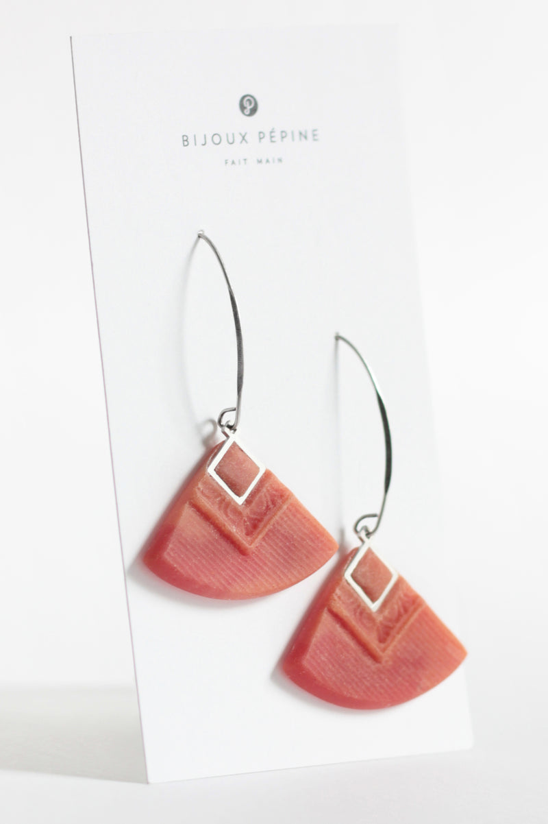 Cléopâtre handmade statement earrings, in coral red resin and hypoallergenic stainless steel