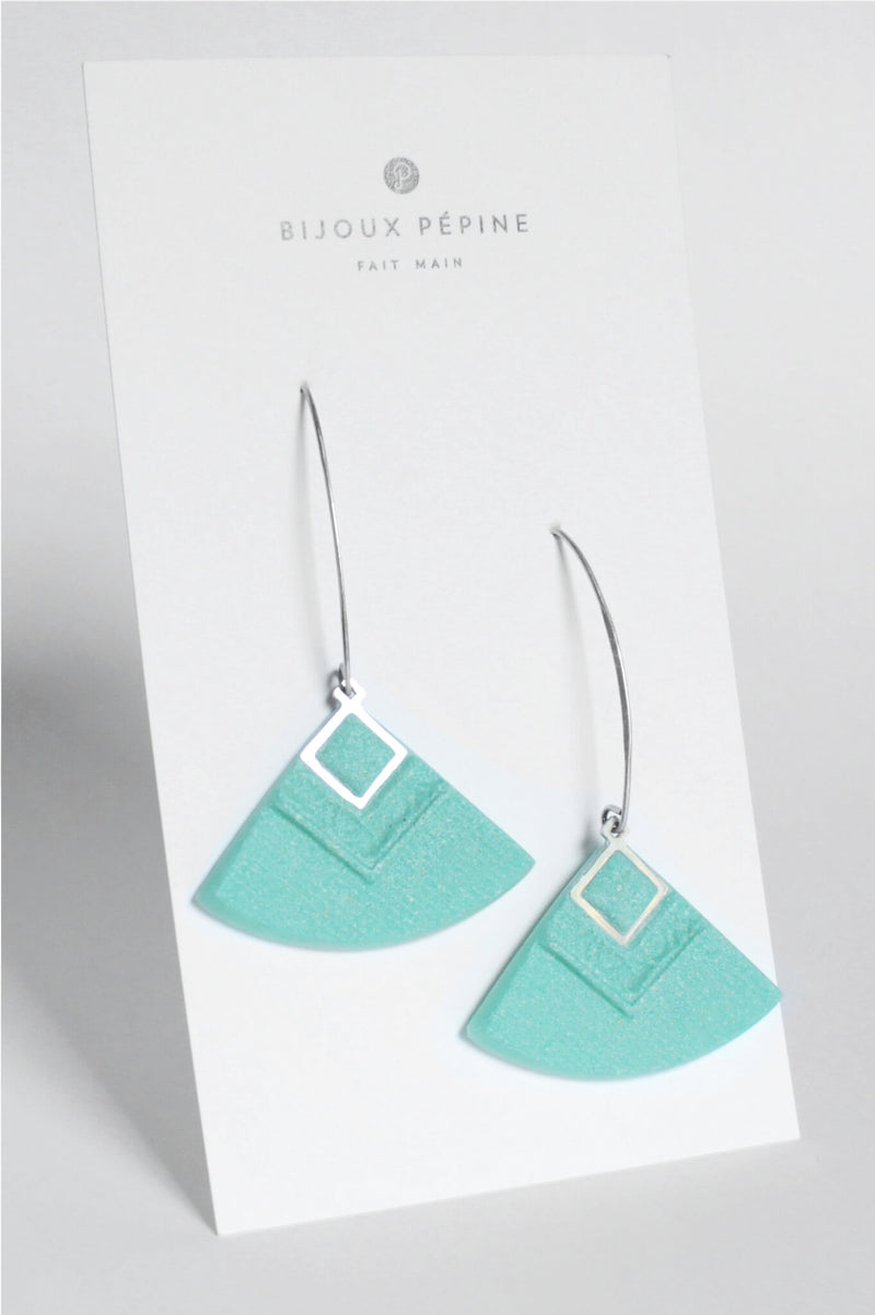 Cléopâtre handmade statement earrings, in mint green resin and hypoallergenic stainless steel