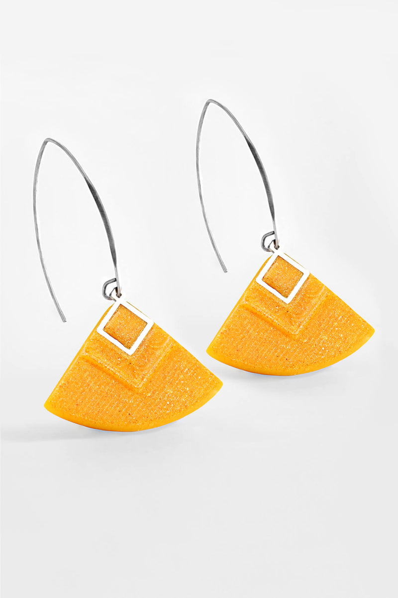Cléopâtre handmade statement earrings, in golden-yellow resin and hypoallergenic stainless steel