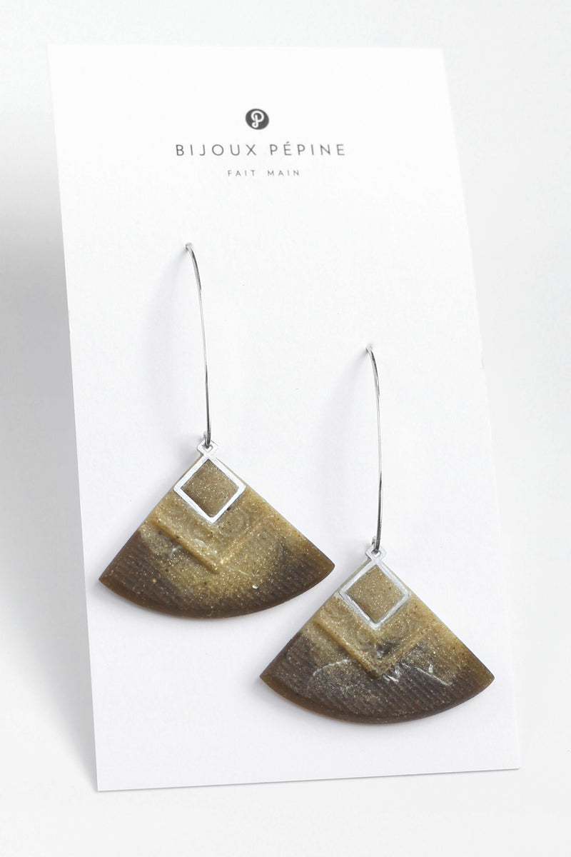 Cléopâtre handmade statement earrings, in marbled matcha green resin and hypoallergenic stainless steel
