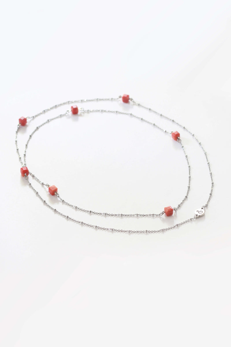 Hasard, handmade luxury necklace in coral red resin and hypoallergenic stainless steel