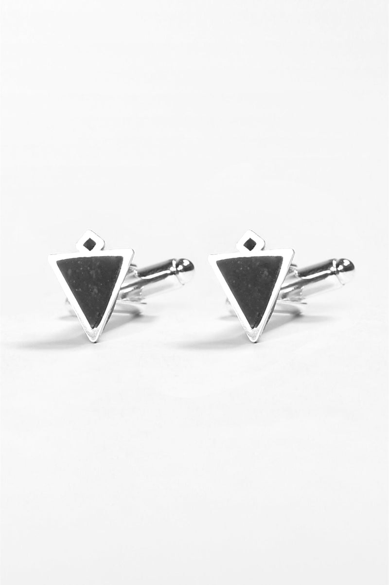 Nil-cufflinks-handmade-montreal-canada-resin-jewelry-hypoallergenic-stainless-steel-black