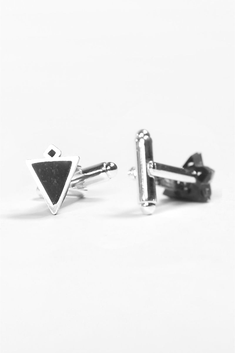 Nil, handmade cufflinks for him in black resin and hypoallergenic stainless steel