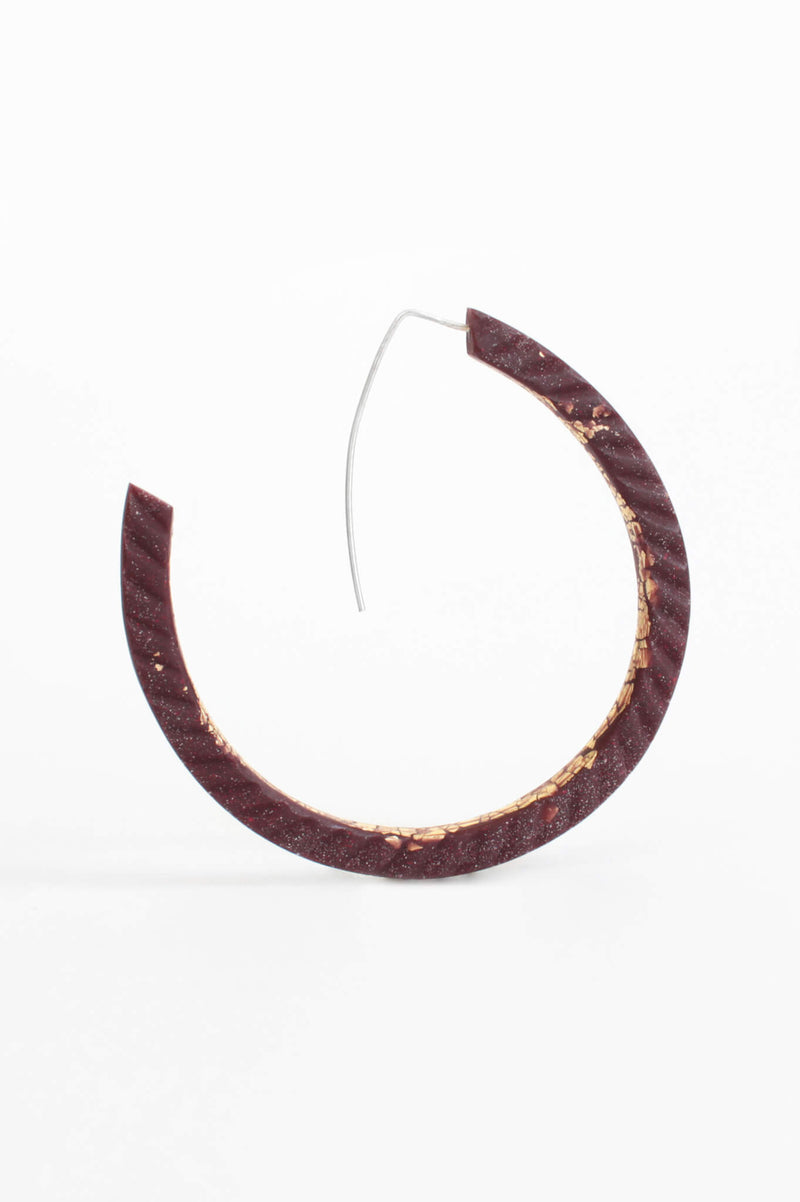 Ouroboros-earrings-handmade-montreal-canada-resin-jewelry-hypoallergenic-stainless-gold-leaf-burgundy