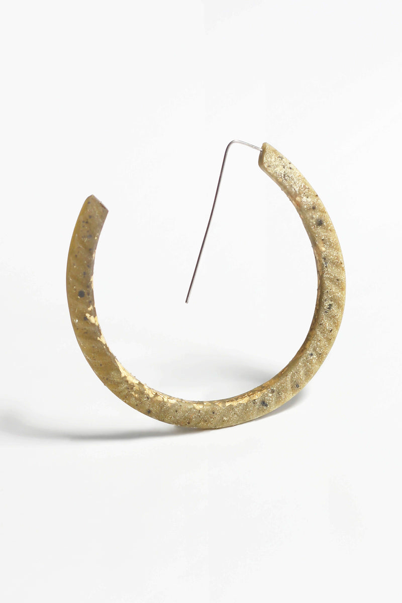 Ouroboros, light hoop earrings in two-toned matcha green resin, gold leaf and hypoallergenic stainless steel