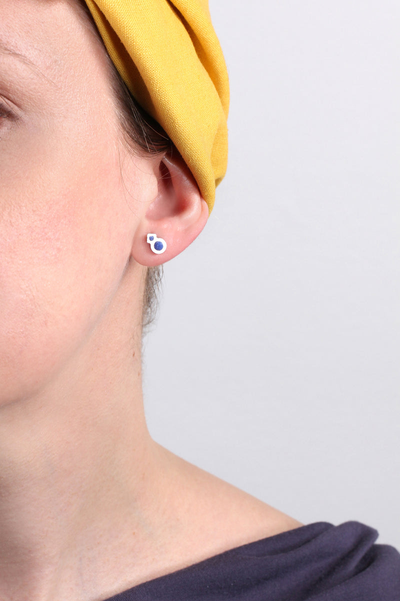 model wearing Rose des Vents studs in classic indigo blue, handmade in Canada by Bijoux Pépine Montreal