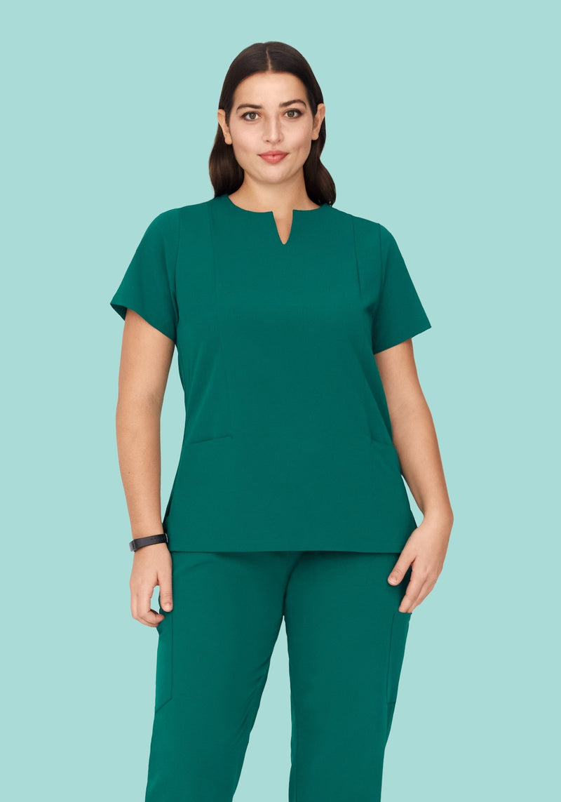 5 Pocket Notch Neck Top Hunter Green