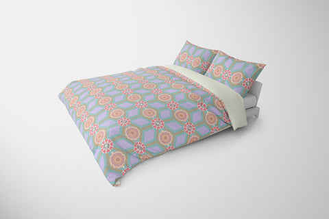 products/Triangle-Mandala-purple-background-Angled-Comforter-View_1500.jpg