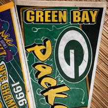 Load image into Gallery viewer, Vintage Packers Pennant Bundle