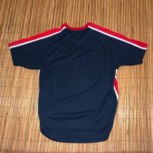 Load image into Gallery viewer, XL(Fits Big) - Vintage Atlanta Braves Shirt
