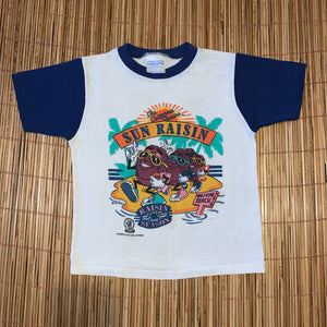 Youth M - Vintage 1987 California Sun Raisins Shirt