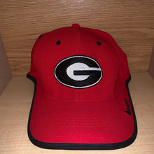 Load image into Gallery viewer, Nike Georgia Bulldogs Hat