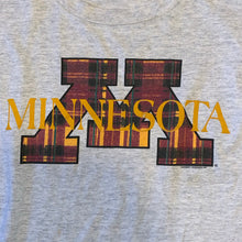 Load image into Gallery viewer, L - Vintage Minnesota Shirt