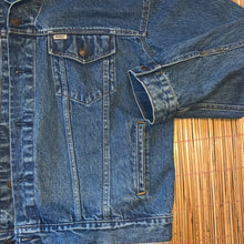 Load image into Gallery viewer, XXL - Vintage Levi's Denim Jean Jacket